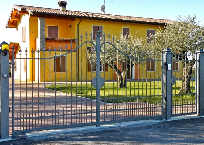 Eccezionale Forgiafer - Cancelli e recinzioni in ferro battuto YS41